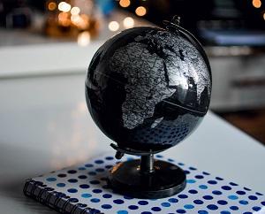 miniatura el mundo de la educación